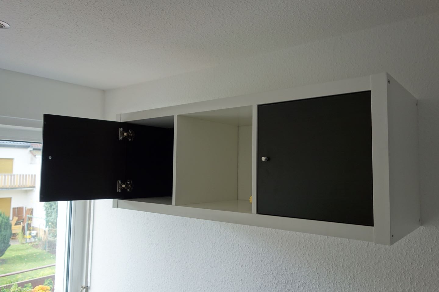 k chenzeile mit ikea kallax. Black Bedroom Furniture Sets. Home Design Ideas